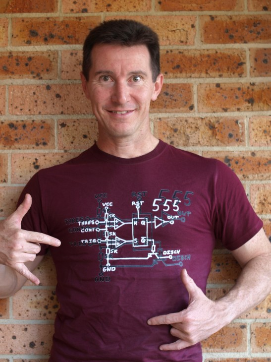 Yes, you too can look this cool in an EEVblog 555 T-Shirt