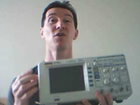 EEVblog #1 – Rigol DS1052E Oscilloscope Reviwed