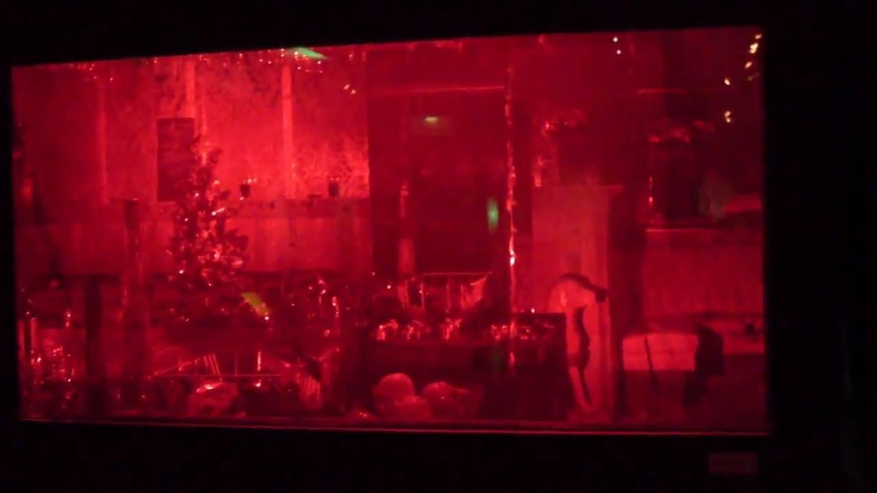 EEVblog #103 – World's Largest Depth of Field Laser Hologram