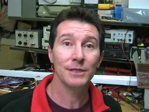 EEVblog #13 Part 1 of 2 – Digital Storage Oscilloscope Tutorial