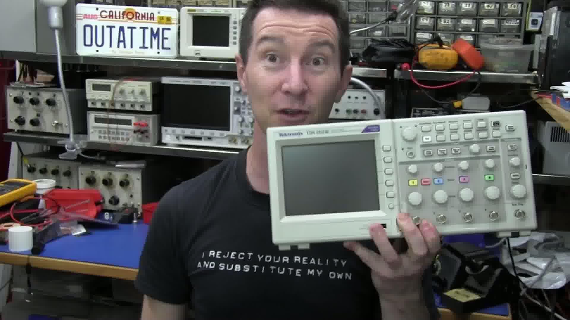 EEVblog #187 – Tektronix TDS2024C Oscilloscope Teardown