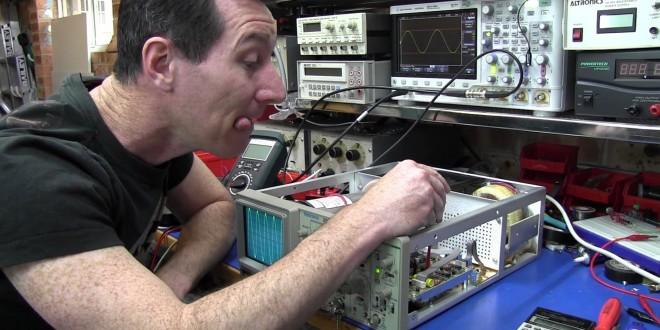 EEVblog #208 – Tektronix 2225 Oscilloscope Teardown and Calibration