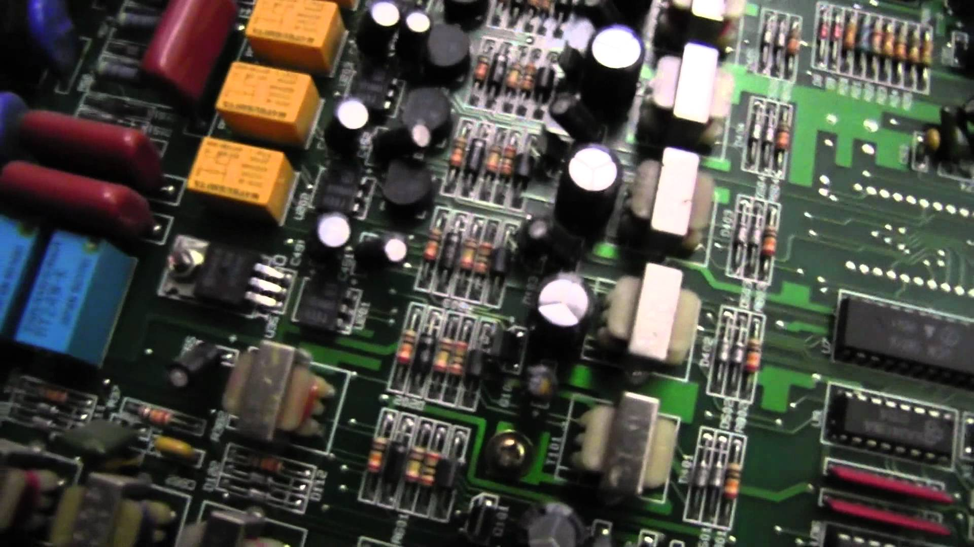 EEVblog #214 – Commander Phone System Teardown