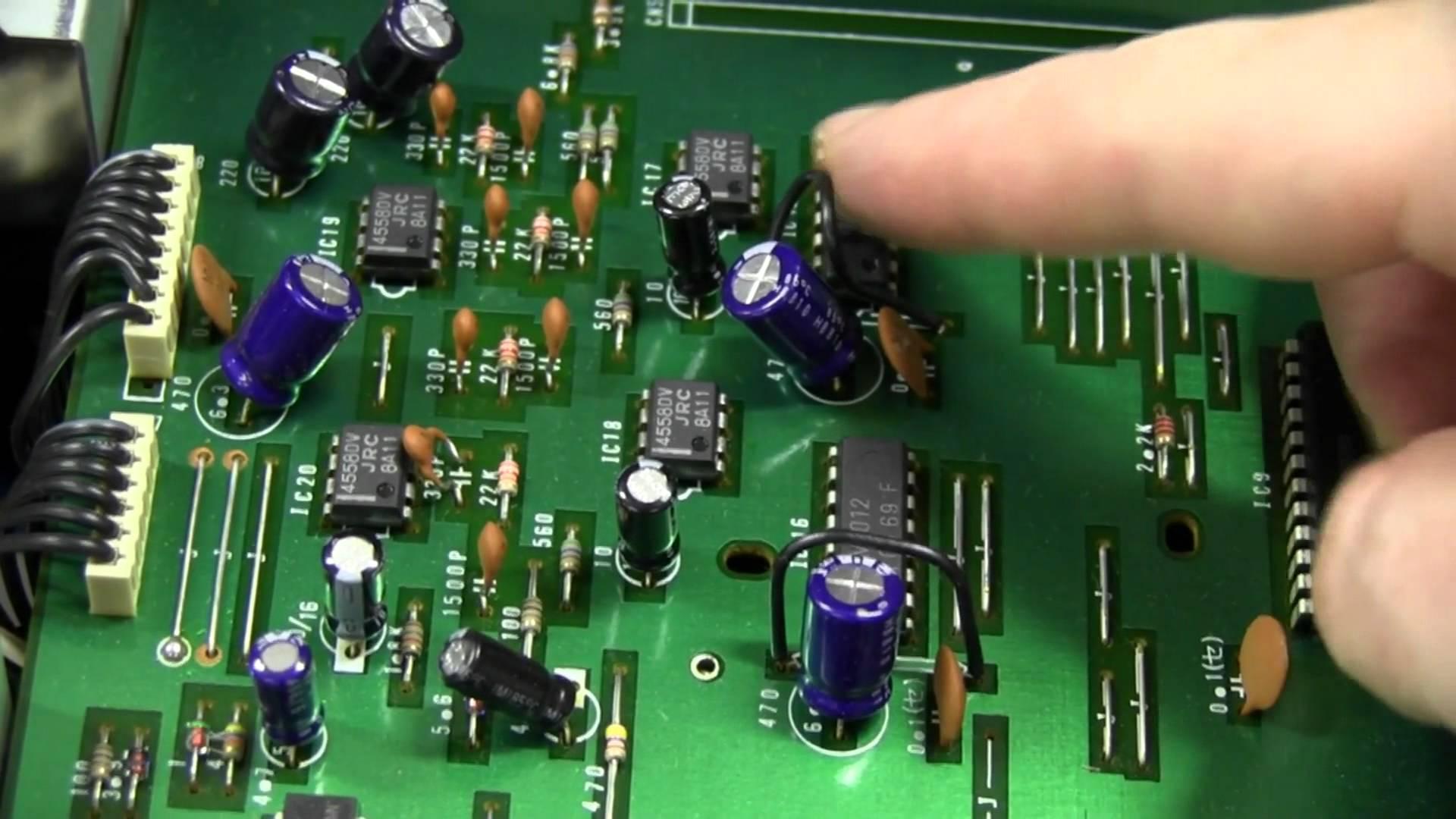 EEVblog #256 – Yamaha PSR-80 Keyboard Teardown