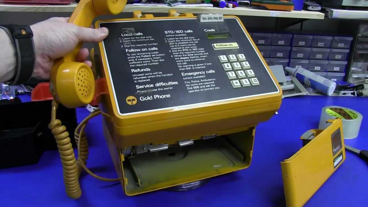 EEVblog #363 – Gold Phone Teardown