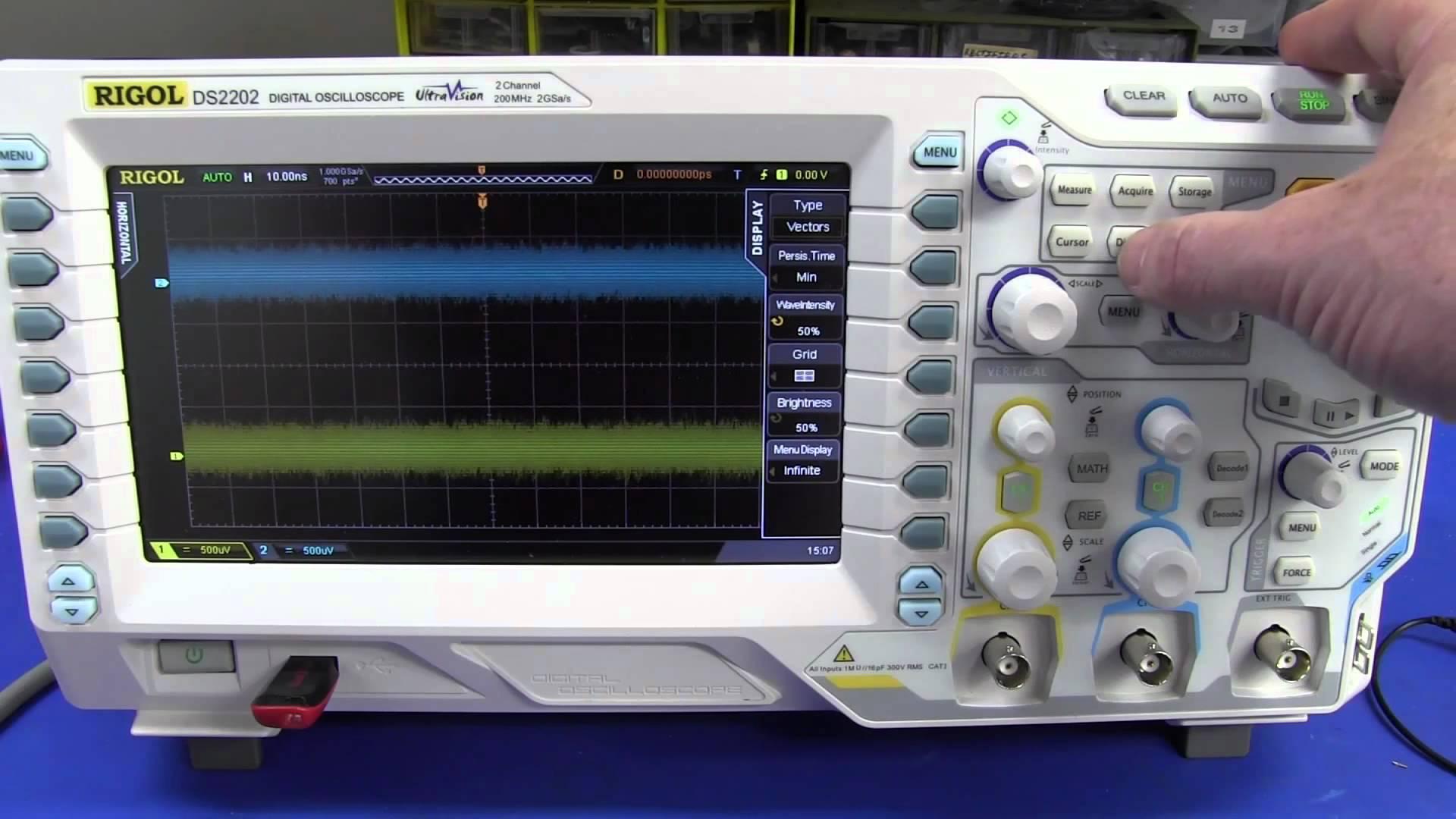 EEVblog #369 – Rigol DS2000 Oscilloscope Playing Around
