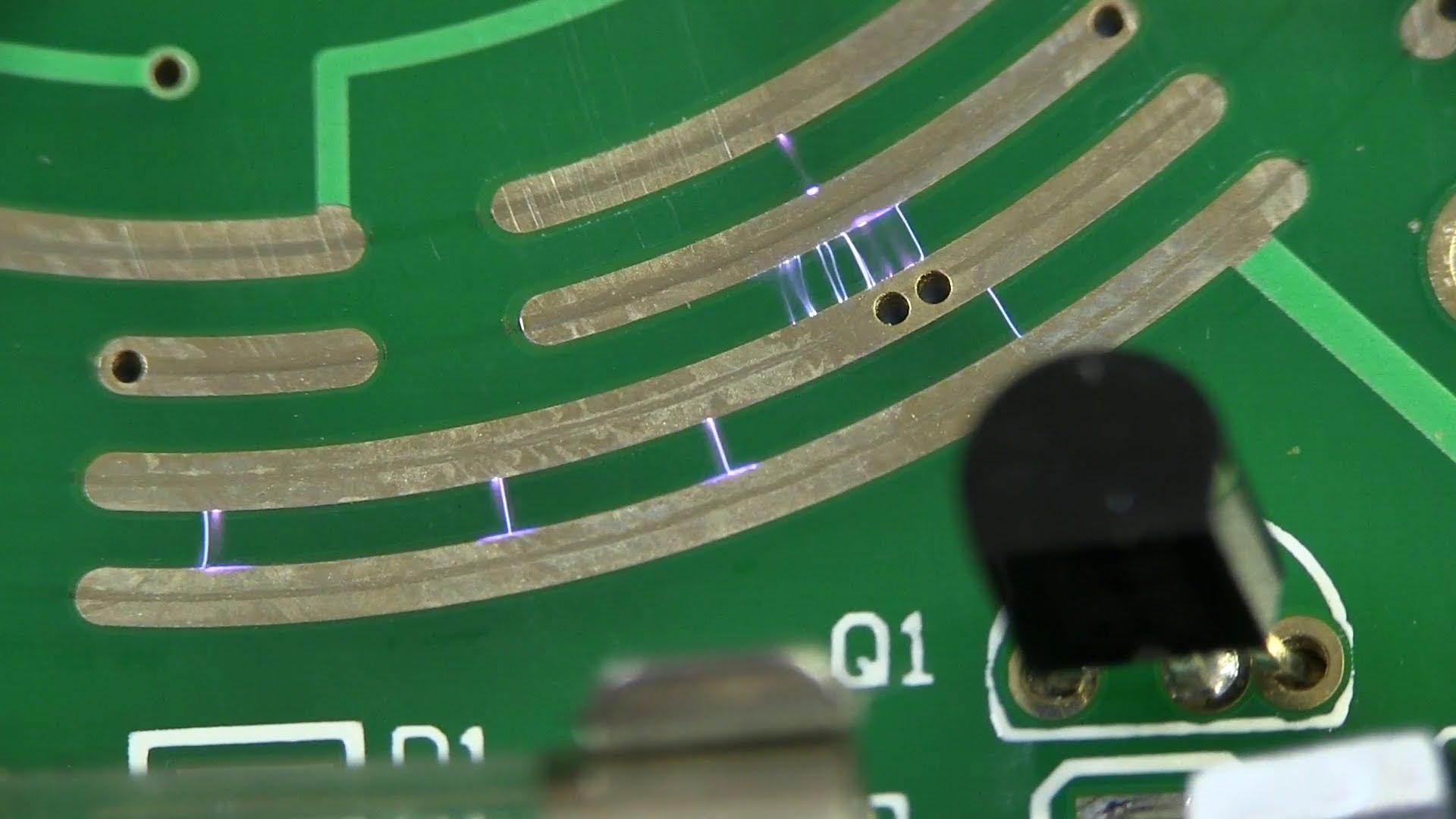 EEVblog #468 – Uni-T UT513 Insulation Resistance Meter Teardown