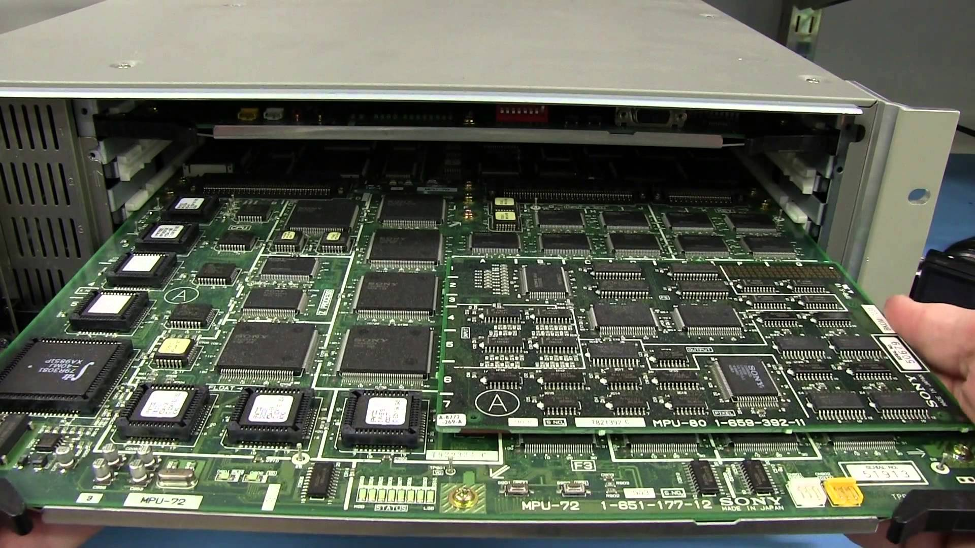 EEVblog #598 – Sony DME7000 Video Multi Effects Processor Teardown
