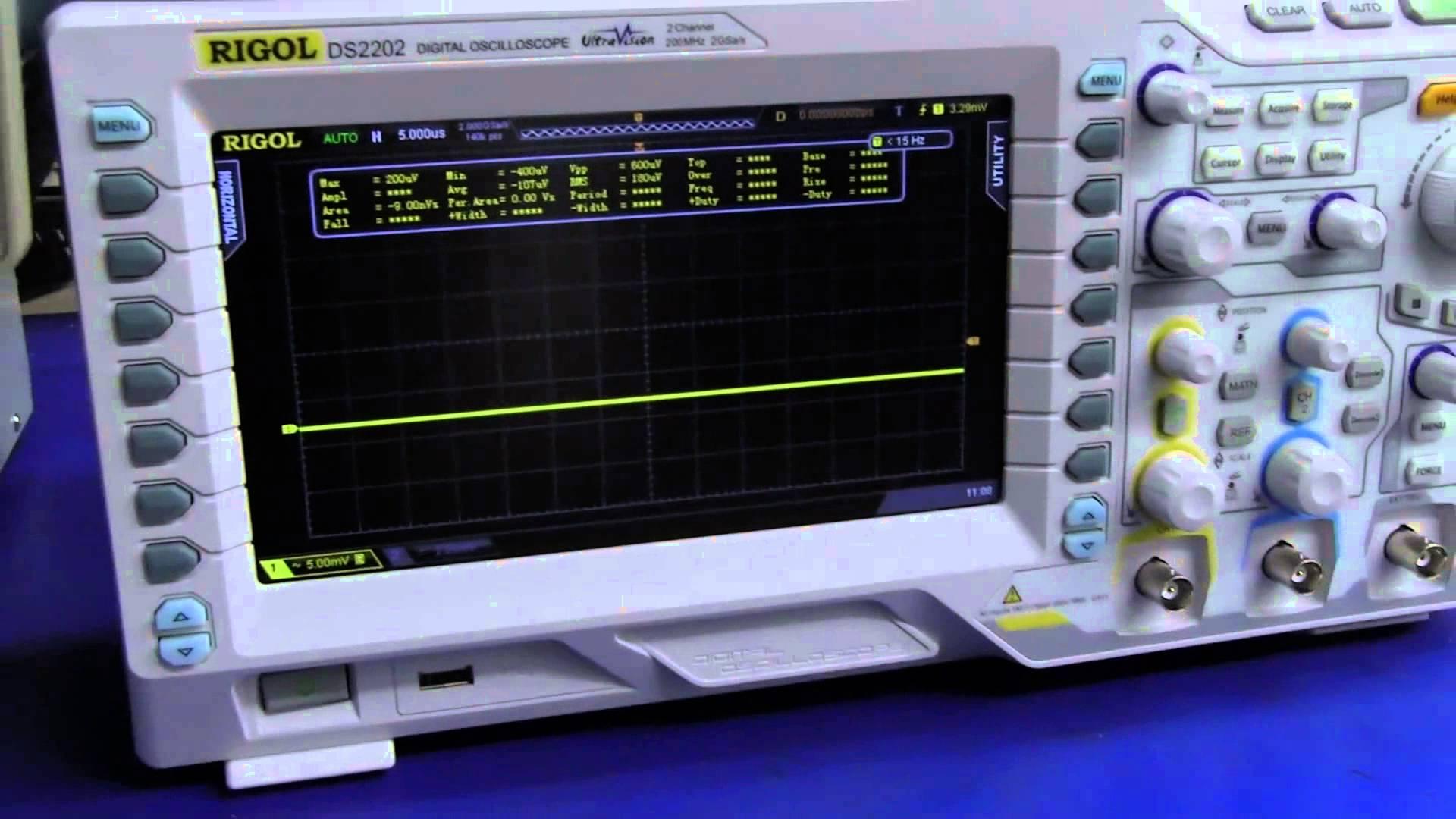 EEVblog #601 – Why Digital Oscilloscopes Appear Noisy