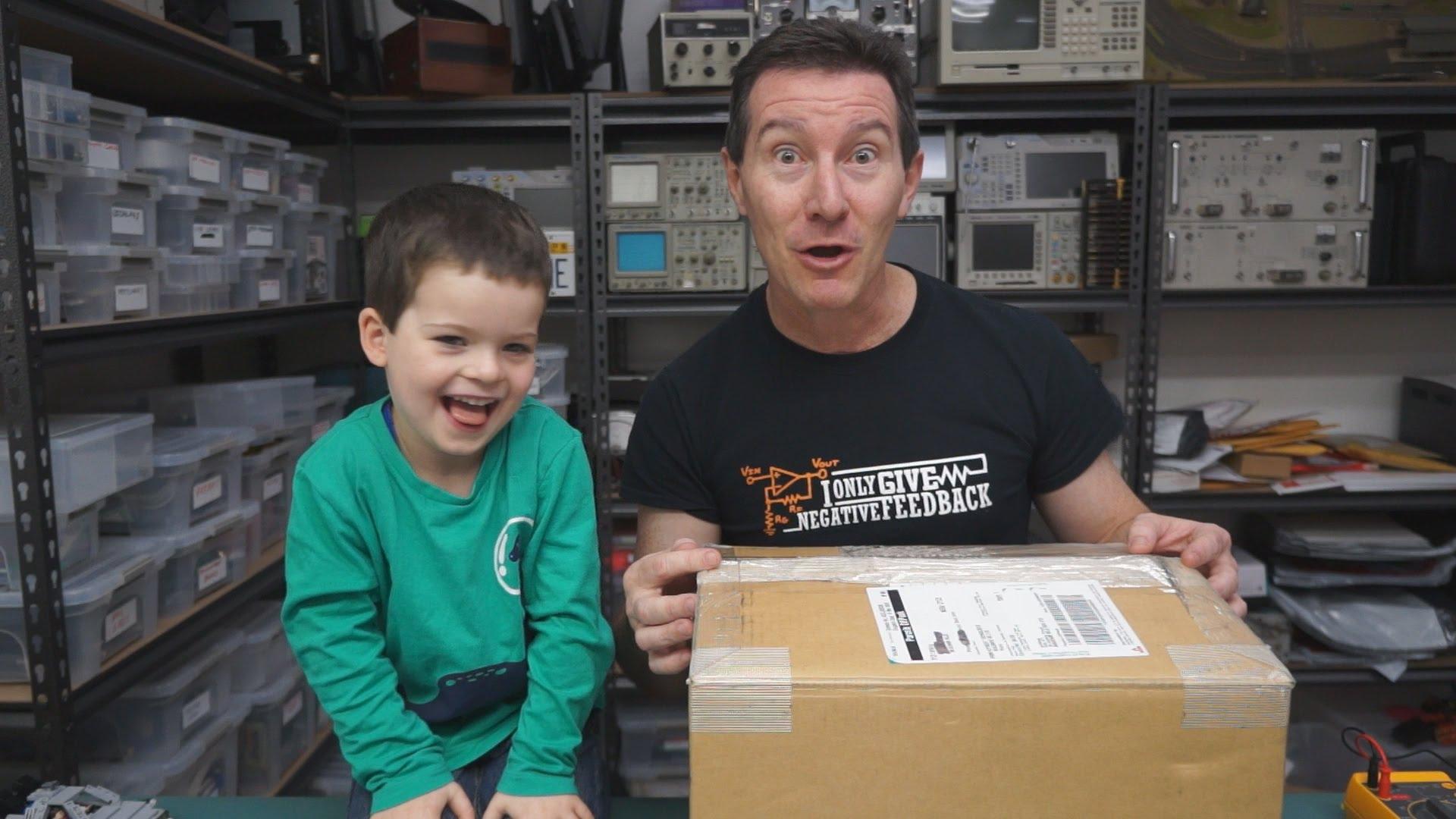 EEVblog #750 – Special Mailbag!