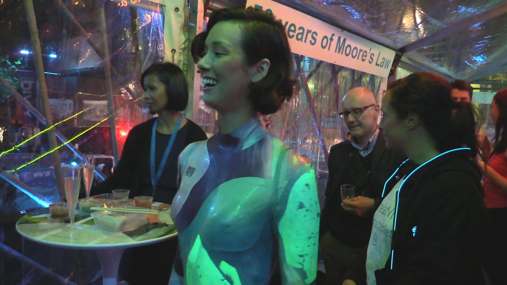 EEVblog #766 – Vivid Sydney 2015 Light Festival