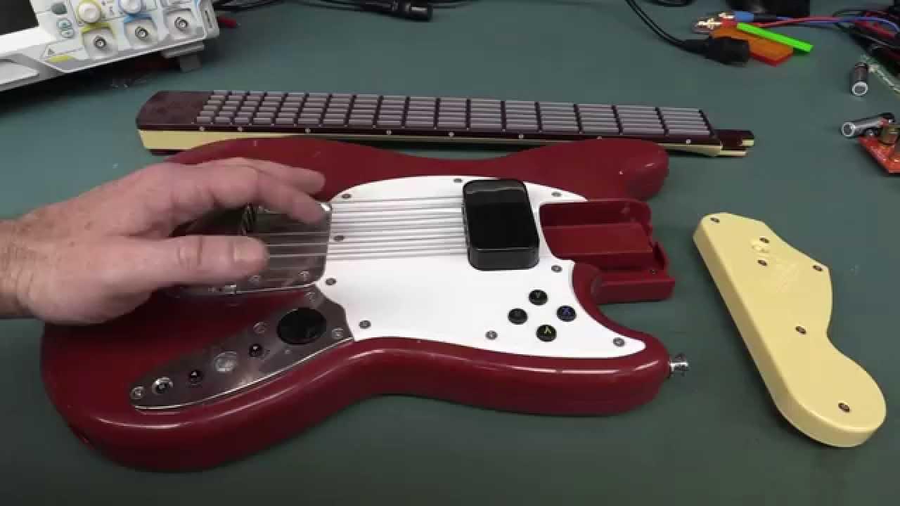 EEVblog #770 – Rockband 3 Stratocaster Guitar Teardown