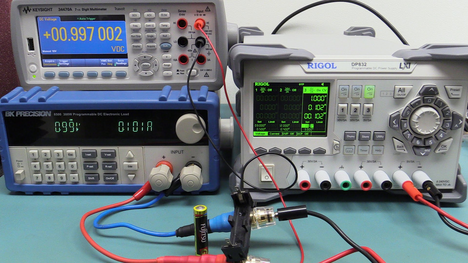 EEVblog #774 – Low Battery Discharge Testing Part 1