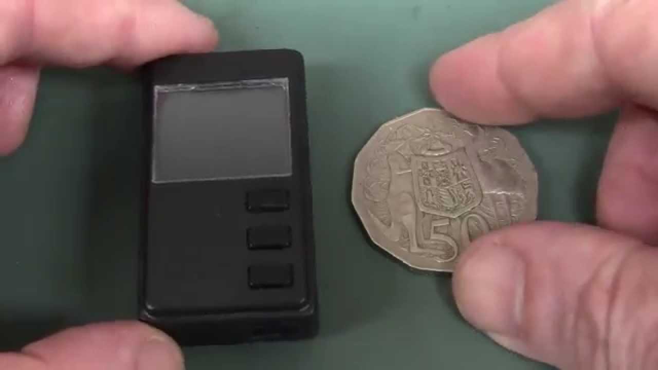 EEVblog #776 – World's Smallest Digital Dosimeter