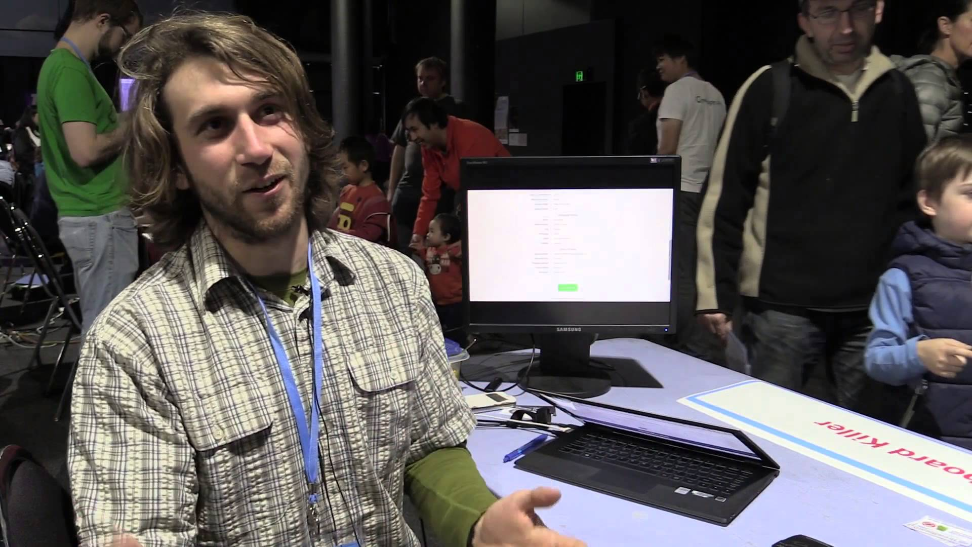 EEVblog #785 – Sydney Maker Faire 2015 Interviews