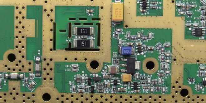 EEVBlog #823 – Rigol DSG815 RF Signal Generator Teardown
